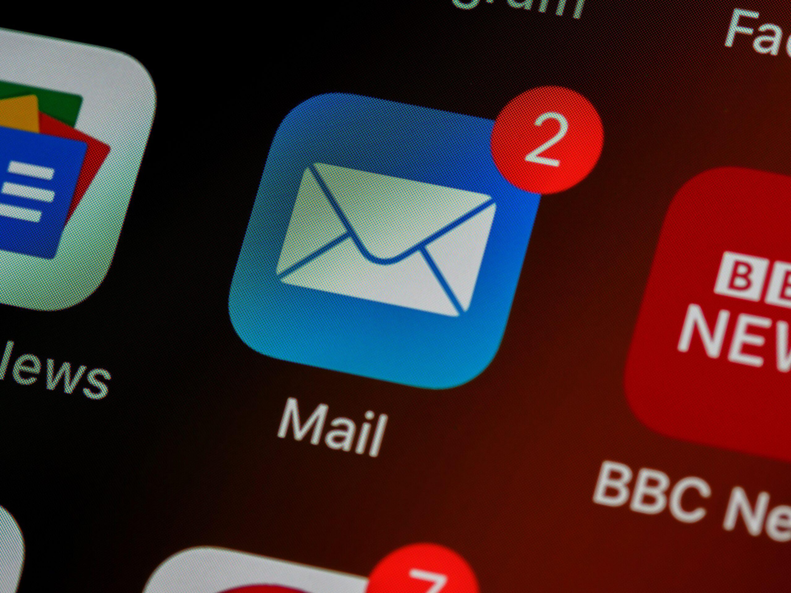 ¿Cómo escribir y tener una buena estructura de emails en inglés?