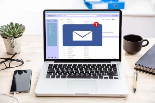 Estructura de emails en inglés